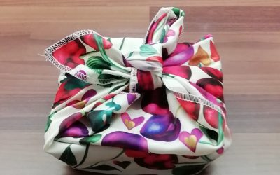 Super Quick Eco Friendly Gift Wrapping Idea – Fabric Wrap and Fabric Gift Bags